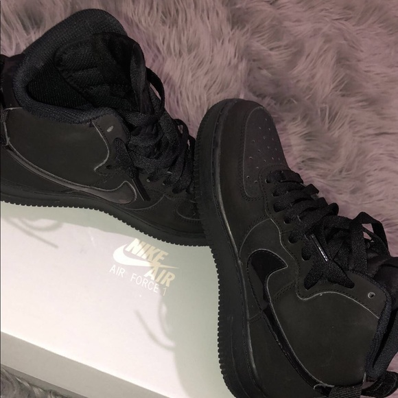 low priced 3cf9d bfbf5 All black Air Force 1 High